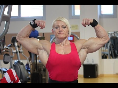 You Won't Believe How HUGE These 9 Female Bodybuilders Are 7