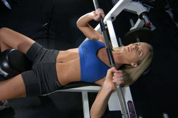 5 Ways to Increase Your Bench Press For A Better Bust 6