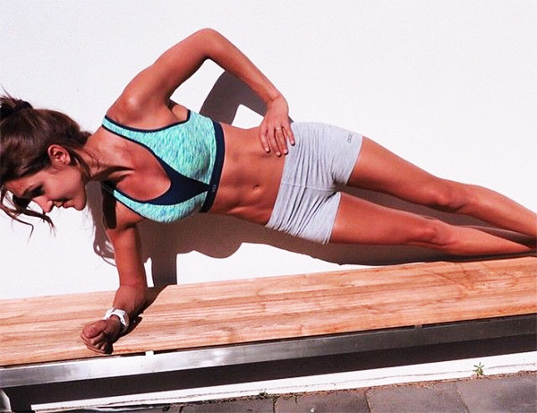 Side-Plank-exercises-for-flat-stomach