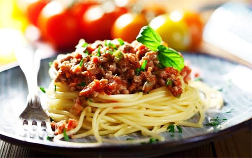 beef bolognese with pasta as a high protein source