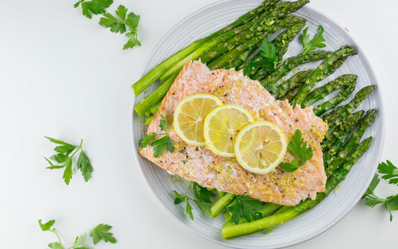 Salmon-lemon-asparagus