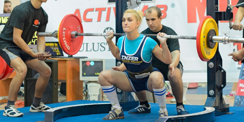What is powerlifting A complete guide